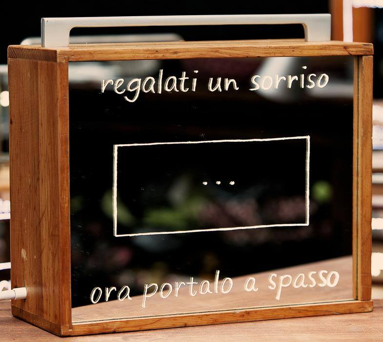 Smile Box di Giovanna Ferraro